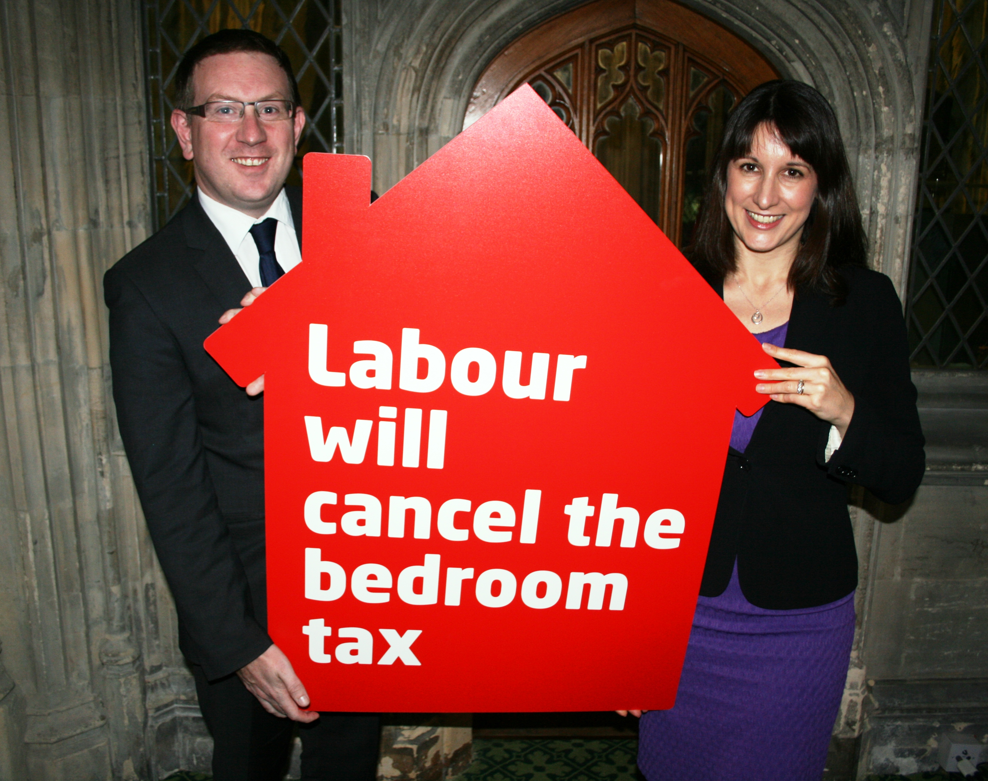 Mp Votes To Scrap Bedroom Tax In Commons Showdown Andrew Gwynne Mp