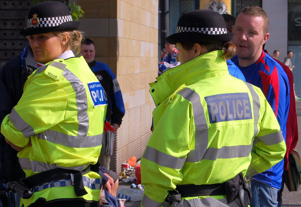 greater_manchester_police_in_piccadilly_gardens_manchester_england